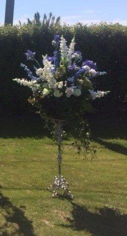 Large Flower basket on stand